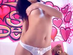Sexy Babe Having Fun Playing Hardcore