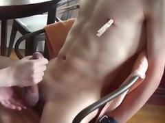 5 orgasms from handjob post orgasm torture