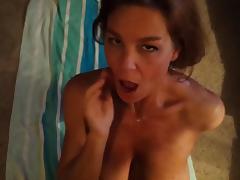 Amateur hotwife takes huge facial
