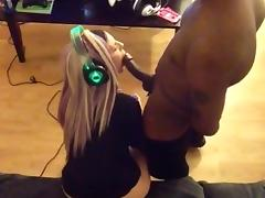 How girls play videogames