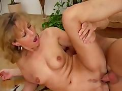 40 fucked at home (2)