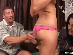 Flexible model pussy screwed hardcore squarely in ffm porn