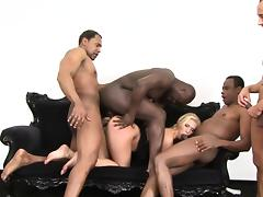 World Gangbang 2 Picture 2