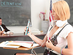 Cece Capella & Danny Mountain in Detention Hookup - RealityJunkies