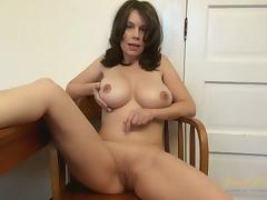 Kelly Capone in Interview Movie - AuntJudys