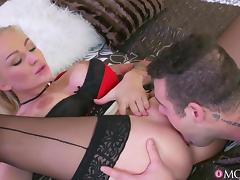 Kayla Green & Martin Gun in My Brother's Horny Wife Fucked Me - MomXxx