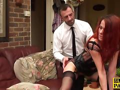 Cuckold brit wife gets pussyfingered