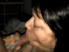 Mature Amateur Asian gives bj