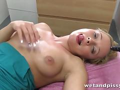 Horny blonde lady pees with such pleasure