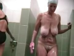 Saggy tits mature showering