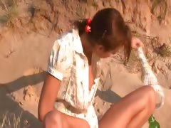 Sweet natasha coed naked on the beach