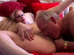 Beautiful big tits MILF loves to fuck porn video