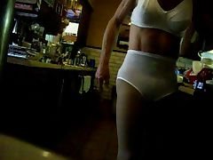 White Panty n Bra porn video