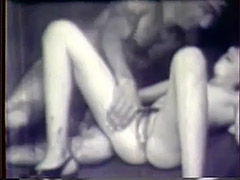 Hot Young Girl Loves Toys and Dicks 1940 porn video