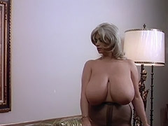 World's Biggest Boobs are a Lethal Weapon 1970