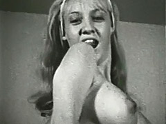 Marvelous Blonde and Her Sexy Body 1960
