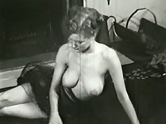 Sexy Topless Mature Babe Smoking 1950 porn video