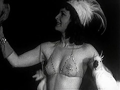 Burlesque Beauty's Teasing Dance with Birds 1940 porn video
