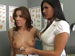 Dr Sins Explains Orgasms To Chayse and Raylene