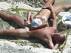 Hot Voyeur Couple Fucking on the Beach