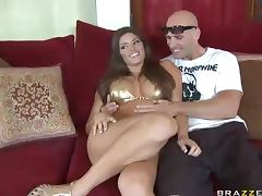 Cute Brunette Madelyn Marie Crashing Pornstar Johnny Sins'