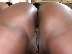 Group sex with curvy black bikini girls