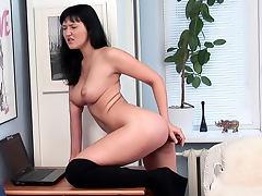 Curvy solo girl anal dildo penetration