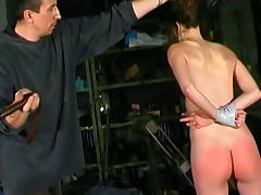 Relentless pain for her ass in spanking