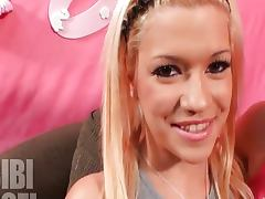Nikki Sexxx lesbian orgy