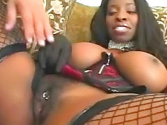 Chocolate beauty Vanessa Blue is making hardcore blowjob