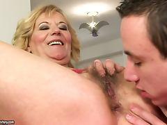 Perfect Sex with a Hot Blonde Granny Hardcore Porn Clip