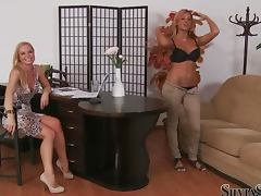 Ashley Bulgari shows her amazing body to Silvia Saint