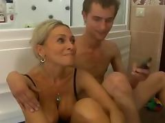 Bath, Amateur, Bath, Mature, Shower, Old and Young