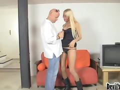 Blonde shemale Nicole D gets her asshole drilled remarcably well