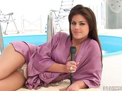 Defrancesca Gallardo shows her pussy and tits during an interview
