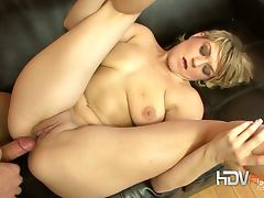 Tyla wynn down on her man's huge size flesh baton