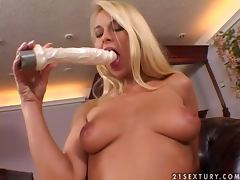 Naughty blondie Nikki Sun gives a real hot solo action porn video