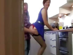 Milf in stockings muffdived in kitchen