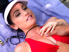 Danny Mountain penetrates sporty babe Emmanuelle London