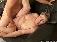 Big assed granny Elizabet gets her pussy toyed and pounded