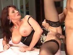 Jaroslava Diana is a hot mature lady that loves it in amateur
