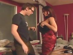 Busty milf shows some tricks to an inexperienced guy