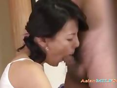 Milf With Hairy Pussy Fucked By Young Guy On The Floor In The Roo porn video