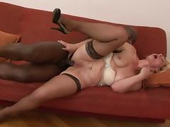 Lili Mature Anal Whore