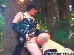 Kinky ass trannies outdoors sucking many dicks