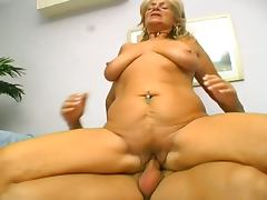 Hairy mature lady nailed hard