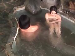 Bath tub sex with a delicious Asian siren