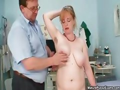 Fake doctor inspecting this mature mom part1