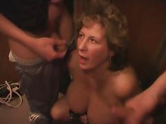 Mature BBW With Two Youngers Boys In The Lift