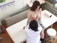 Spycam Wife seduced by masseur porn video